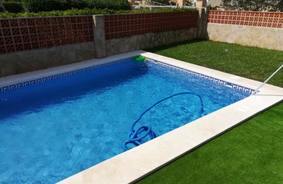 CHALET COSTA NORTE CON PISCINA